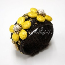 Howlite Flower Bangle (Yellow)