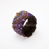 Triangular Pattern Bangle (Purple Shell)