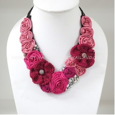 Flower Crochet V-Shaped Necklace 02 (Pink)