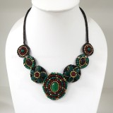 Flower necklace from teardrop stone (Green03)