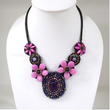 Flower necklace from teardrop stone (Pink)