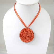 Silk flower necklace (Orange)