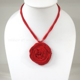 Silk flower necklace (Red)