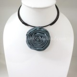 Silk flower choker necklace (Gray 01 )