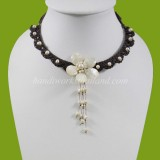 Freshwater Pearl and Shell Flower Choker Necklace (White)