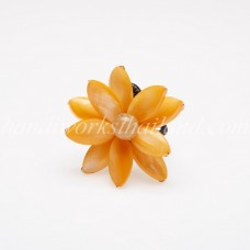 Flower Oval Shell Bead Ring (Orange)