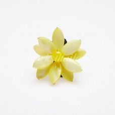Flower Oval Shell Bead Ring (Yellow)